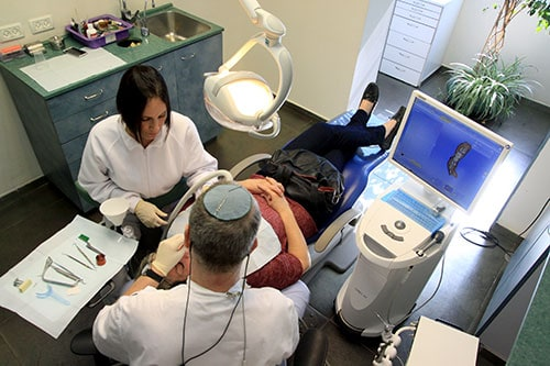 הגישה הטיפולית שלנו - מרפאת שיניים בירושלים
